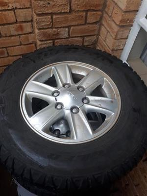 16 inch isuzu mags and tyres