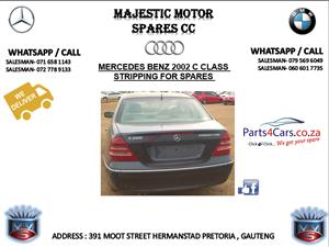 Mercedes benz tailgate spares for sale