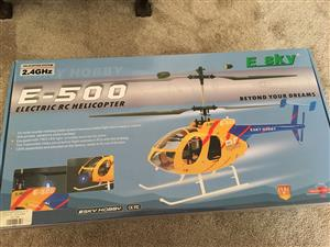 Remote Controlled Electric Helicopter