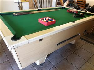 Prime Coin Operated Pool Table In All Ads In South Africa Junk Mail Interior Design Ideas Inamawefileorg