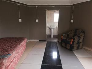 One Bedroom Rondavel In Park Rynie