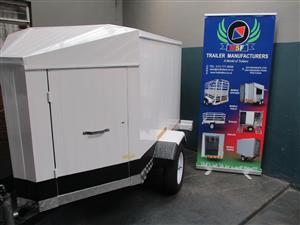CLOSED LUGGAGE TRAILER