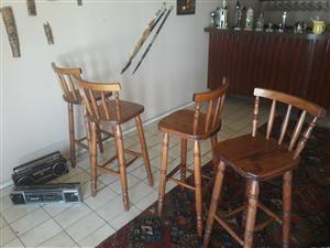 Wood bar with 6 wood stool