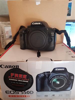 550D SLR Camera