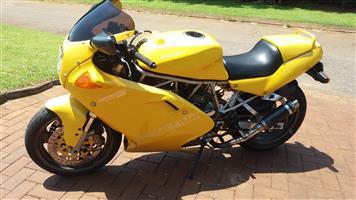 1994 Ducati 900