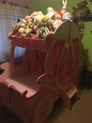 Mokki Pumpkin Carriage Single Bed