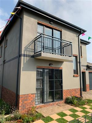 New house in Lotus Gardens, Pretoria West