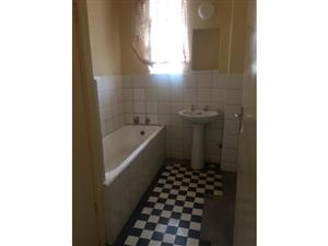 Edenvale Central 2bedroomed flat to rent on Van Riebeeck Avenue