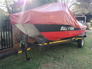 Yield cat ski boat
