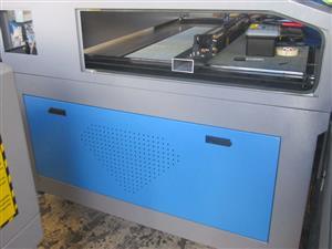 LC2-1610/D120 TruCUT Performance Range 1600x1000mm Cabinet, Conveyor Table, Double Laser