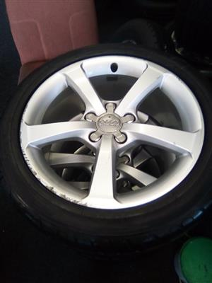 17 inch Audi A3 and A4 x4 mags only R4000.00.