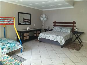 room to let, south coast natal
