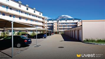 SPECIAL OFFER OF ONE MONTH DEPOSIT FOR 2 BEDROOM APARTMENT, SUNRISE VILLAS, MUIZENBERG