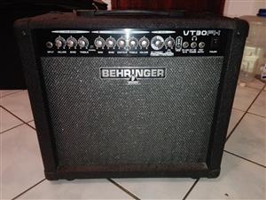 Behringer VT30FX