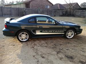 1994 Ford Mustang 5.0 GT fastback
