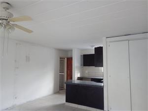 Centurion, Die Hoewes - 2 bed flat to let in Villa Alba