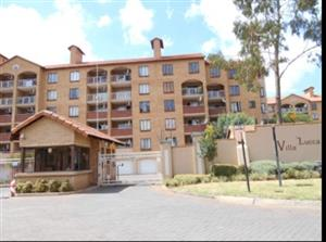 2 Bedroom Townhouse To Let in Villa Lucca, Die Hoewes, Centurion