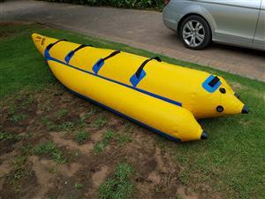 Gemini banana tube (water sled)