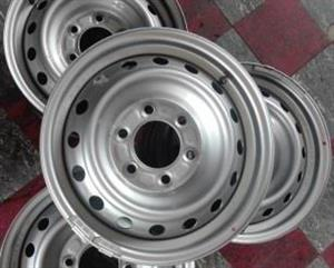 FORD / MAZDA 16 inch Steel Rims {Set of 5}. With Central Cabs for R1500