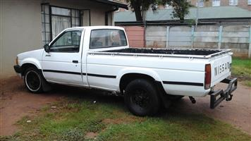 BAKKIE ONE TONNE FOR HIRE 24/7