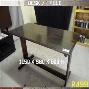 Dark wooden desk/table