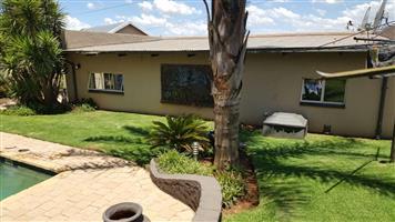 Garden Cottage For Rental