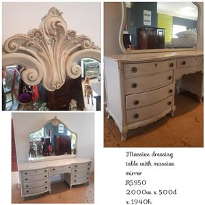 MASSIVE DRESSING TABLE WITH MASSIVE MIRROR