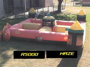 Kidz party venue maze.