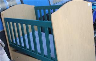 Wooden baby cot S031449A #Rosettenvillepawnshop
