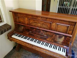 Otto Bach Berlin piano for sale