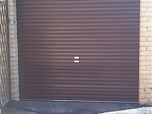 ROLL UP GARAGE DOOR (Brown)