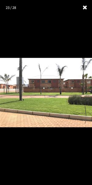 Fully furnished apartment came with just your bag  in Pretoria West   for mear  R6 800 a month
