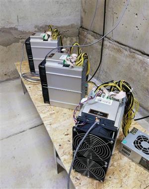 3x Bitmain Antminer S17 Pro - 53TH/s S17+ T17 T17E T17+ S17E