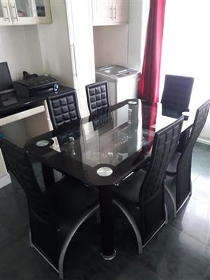 R 4 000 For Sale Dining Room