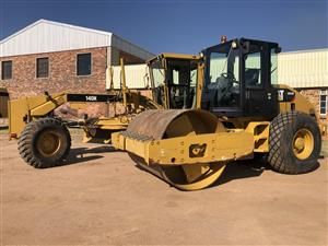 2013 Caterpillar 140K Motor Grader and Cat CS533E Smooth Drum Compactor for Sale