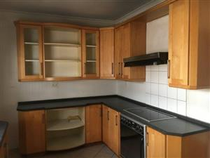 Spacious 3 Bedroom house to let in Rondebosch East