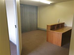 87m Neat available immediately rental office