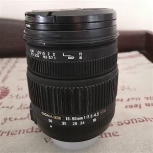 Nikon - Sigma 18 - 50mm f/2.8 - 4.5 DC HSM