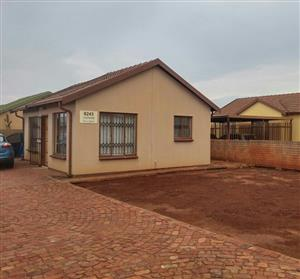 AVAILABLE 1ST AUGUST! 2Bed, 1bath House To Let In Orchards, Ext 47, Pretoria North!