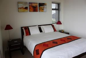 BAYVIEWS, CLIFFORD ROAD – SEA POINT (TWO BEDROOM)