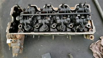 Mercedes-Benz M102 2.3 230E W123 Cylinder Head