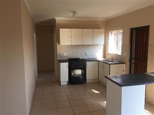 Two Bedroom Simplex To Let in Orchards