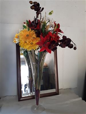 32 inches high glass vase whit flowers