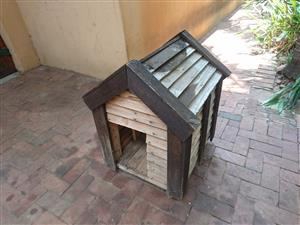 Timber Dog House