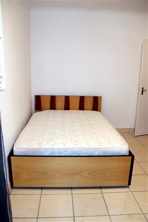 Bed+ Mattress+ Little TV/ HiFi stand