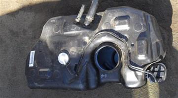2015 ford fiesta fuel tank