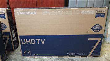 Samsung 43 inch UHD TV 7 series