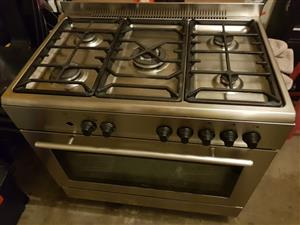 Whirlpool 5 plate gas stove
