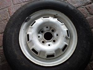 golf / passat mk1 rim and new tyre