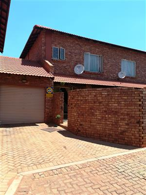 Lovely townhouse for sale in Clarina, Pretoria North